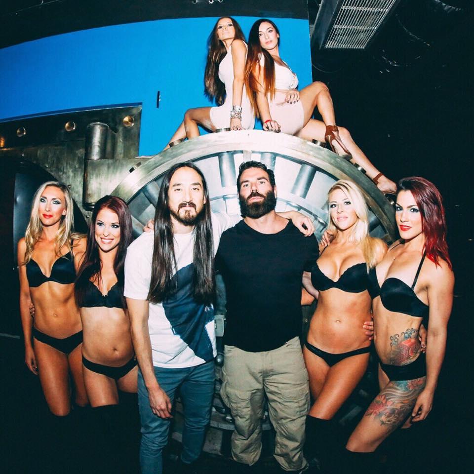 Dan Bilzerian with close friend, DJ Steve Aoki. As well as some hot chicks.