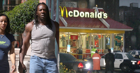 "Wrestling Great Booker T Performs ""Spectacular"" Citizen Arrest during Armed Robbery"