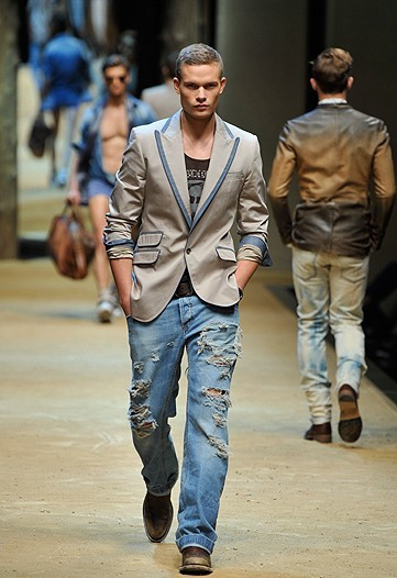 The jeans were debuted at Sydney Fashion Week last year to wide acclaim. PHOTO: Vogue Australia/AAP