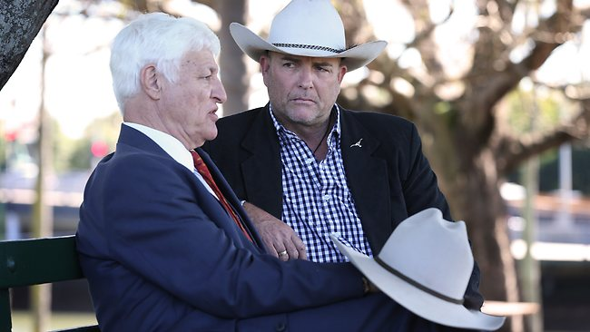 Bob Katter and James Blundell, discussing the intricates of country music