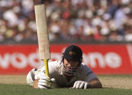 Steve Waugh limped his way to 157. Nowadays, a batsman would retire hurt and go play Xbox in the dressing room. PHOTO: Alcott Photography Cronulla
