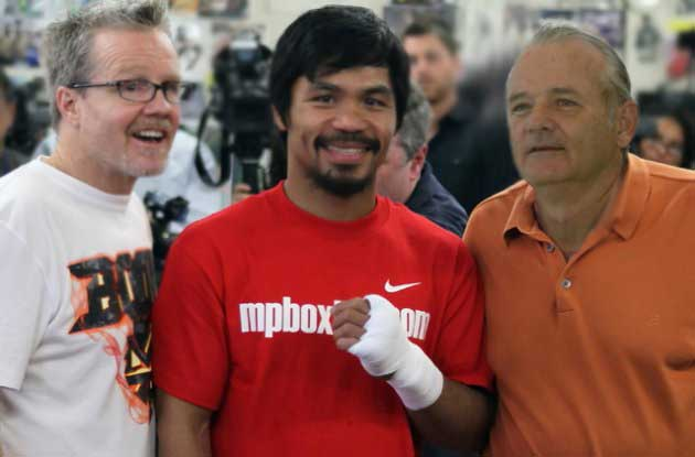 Manny Pacquiao poses with his trainer Freddie Roach (Left) and long-time comedy idol, Bill Murray (Right) earlier this year.