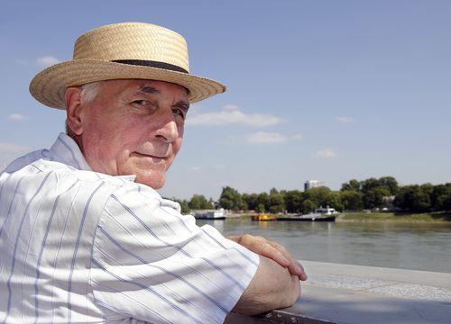 Successful Greek-Australian businessman to return to Greece to fix everything