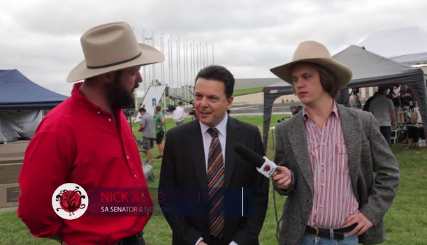 Senator Xenophon speaks with Clancy Overell and Errol Parker during the #LibSpill earlier this year