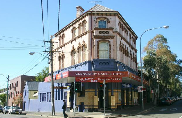 Hipsters Worry That Other People Might Discover Their Favourite 135-Year-Old Pub