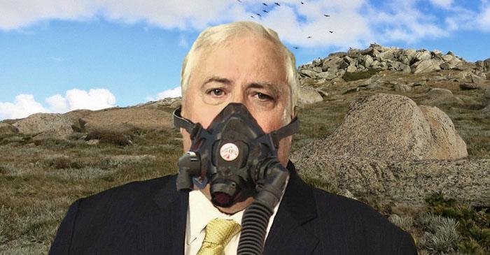Clive Palmer conquers grueling Mount Kosciuszko climb in Bentley