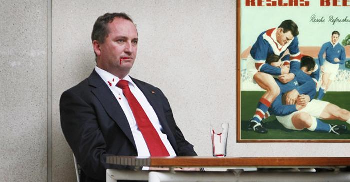 Barnaby Joyce Eats Entire Schooner Glass In Tamworth Hotel