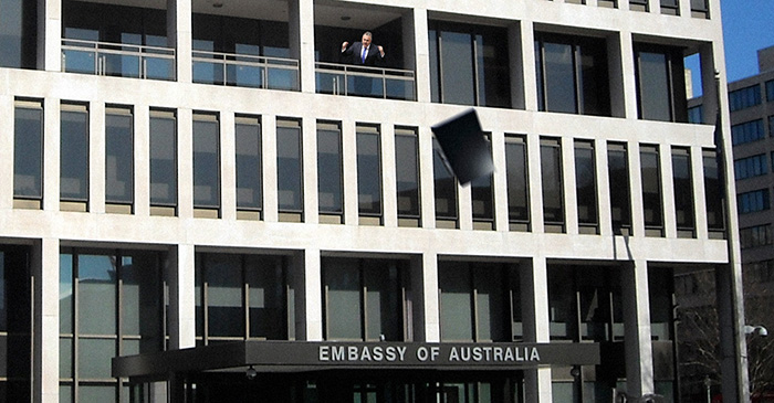 Joe Hockey responds to budget by throwing television off embassy balcony