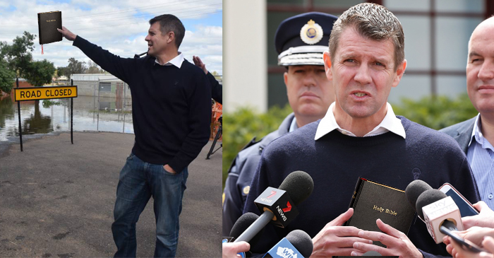 NSW Premier Mike Baird Hands Out Bibles In Flood-Ravaged Town Of Forbes