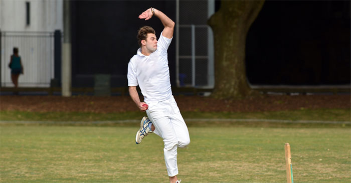 Park cricketer steams in around the wicket in thinly-veined attempt to hurt somebody