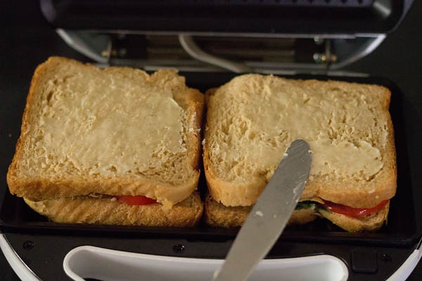 Office Morale Lifts After 2nd-Hand Sandwich Press Appears In Lunch Room