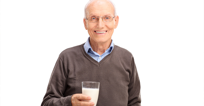 Local Dad Begins Annual Christmas Diet, Replaces Water With Eggnogg