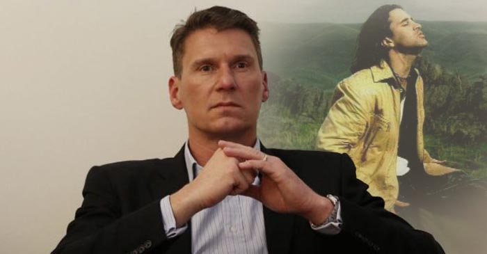 Cory Bernardi Puts On A Bit Of Creed And Ponders How Australia Became So Perverted
