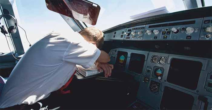 Melbourne-bound flight delayed after pilot loses the keys