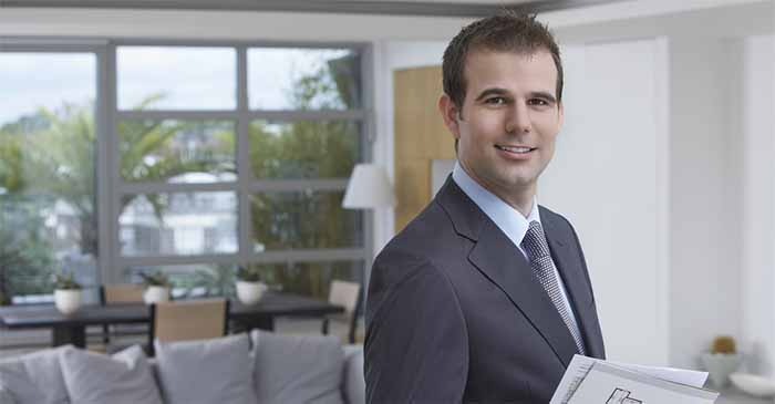 Newly-Qualified Real Estate Agent Confirms He Peaked In High School