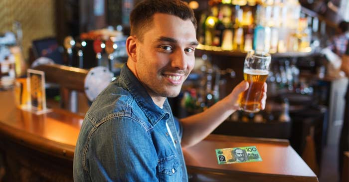 Entire Pub Wonders If Bloke Paying For Beers With A Green Note Is A Drug Dealer