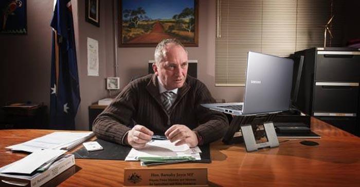 Barnaby Joyce Already Looking For Scaffolding Work On Gumtree