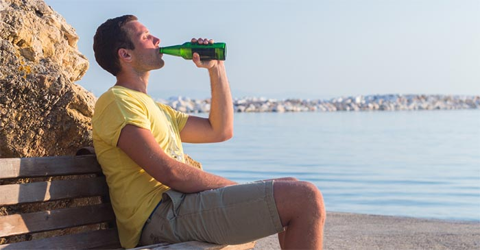 Youngster on Contiki under impression he's the first person to get pissed in Greece