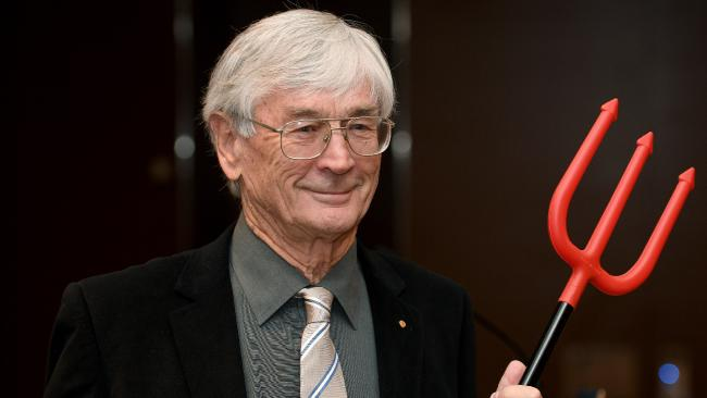 Dick Smith To Spend $1M Advertising The Stuff Your Pop Says When He's Had A Few