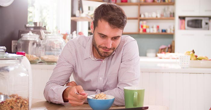 Man defies the odds and finishes bowl of porridge