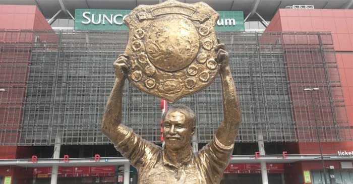 Wally Lewis Statue To Remain Despite Uproar Over The Horrific Things He Did To NSW