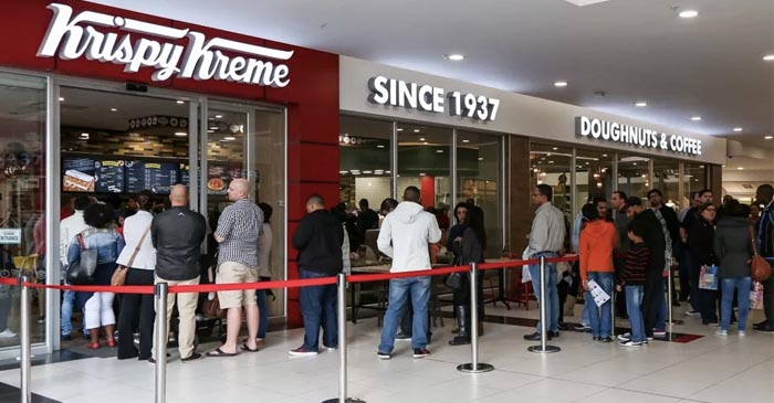Tasmanians In Melbourne Airport Line Up For Carry-On Donuts Like War-Time Rations