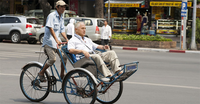 Ride In Vietnamese Cyclo Fails To Cheer Up Malcolm Turnbull