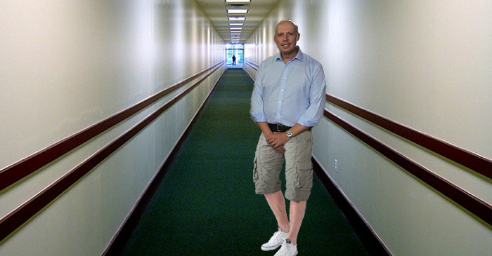 Throwback Thursday: Dutton Rocks The Three-Quarter Cargos From His Undercover Cop Days