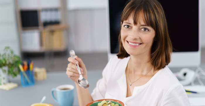 Office Foodie Privately Disappointed No One Asked About Her Weird Smelling Curry
