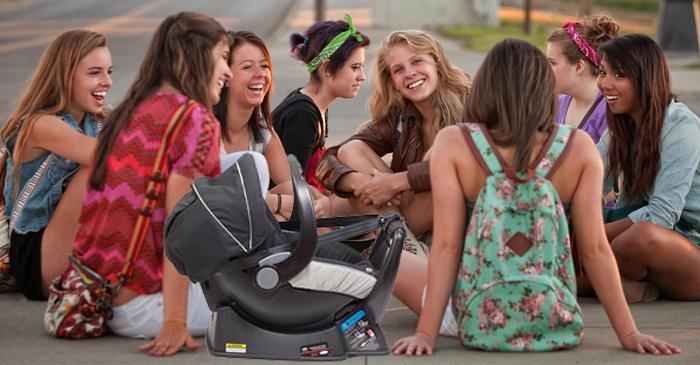 Popular High Schooler's Unplanned Baby Has 24 Godparents